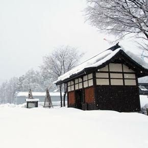 """飯山の""""冬ならでは""""を楽しむ旅[1]新・飯山駅と寺の町歩き"""