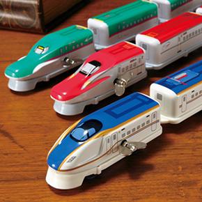 最先端の新幹線が、なつかしいブリキのおもちゃに!