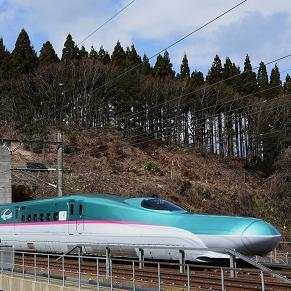 北海道新幹線は開業1周年。秋田&栃木で旧型客車。お花見や新緑を満喫♪ 2017年春の列車旅トピックス