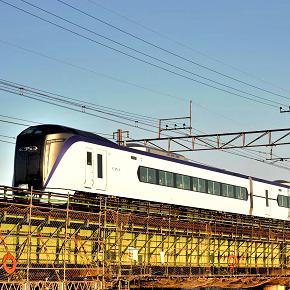 中央線特急「かいじ」号50%割引&甲府営業所出発の駅レンタカーが40%割引